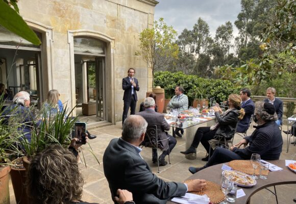 Comunidades judías equilibran las cargas y se reúnen con Federico Gutiérrez