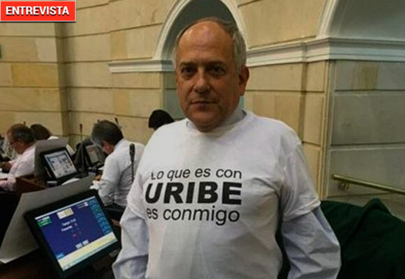 """""""El Uribismo está vivo y goza de muy buena salud"""". José Obdulio Gaviria"""
