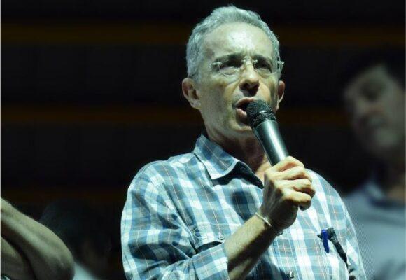 Álvaro Uribe jamás defraudará a su pueblo