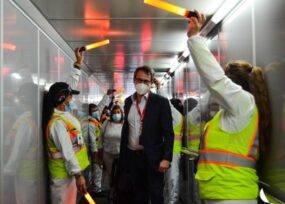 Con honores, Avianca recibe a su nuevo CEO chileno Adrian Neuhaser