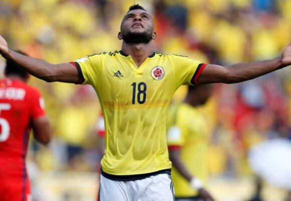Cabezazo salvador de Borja. Colombia empata 2-2 contra Argentina