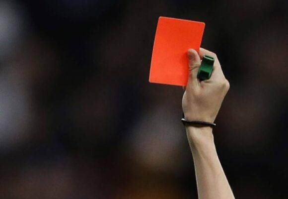 Tarjeta roja directa: qué tan automático es el fútbol