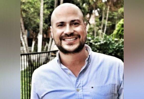 Julián Peinado, el congresista que hundió la reforma contra el abuso policial