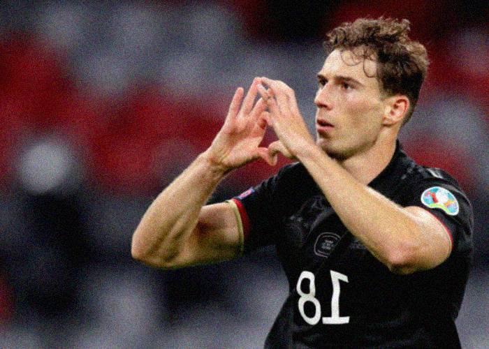 La sensación que causó el gesto de solidaridad de un futbolista alemán con la comunidad LGBT