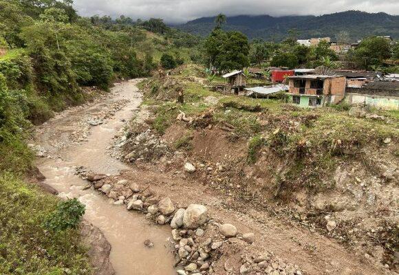 """""""Un llamado a reorientar las obras de mitigación en los ríos del piedemonte"""""""