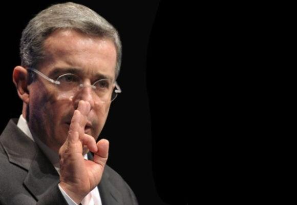 Uribe vs. trabajadores: 100 a 1