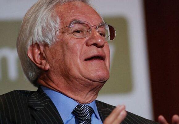 El frustrado paso de Jaime Castro en la OCDE en París