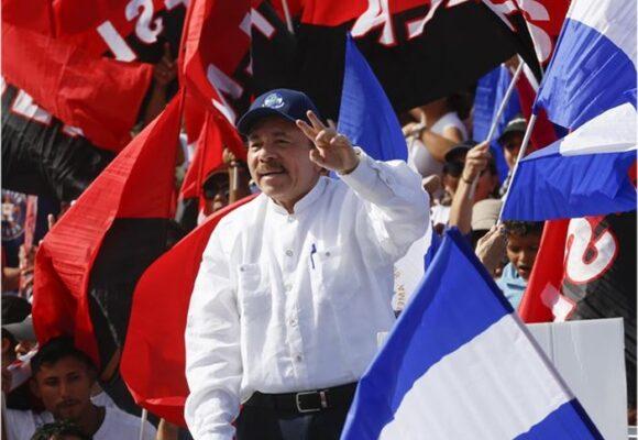 Ortega va camino a la reelección tras el arresto de 19 opositores