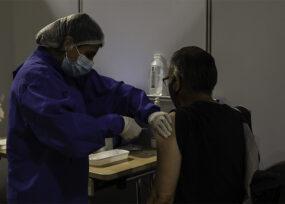 Veinte empresas listas para empezar a vacunar a sus empleados