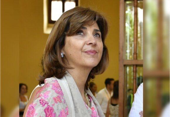¿María Ángela Holguín sacrificará su emprendimiento cosmético por cargo diplomático?