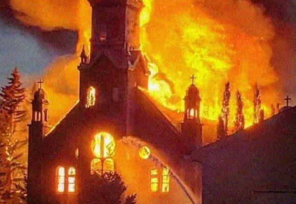 No se trata de quemar iglesias