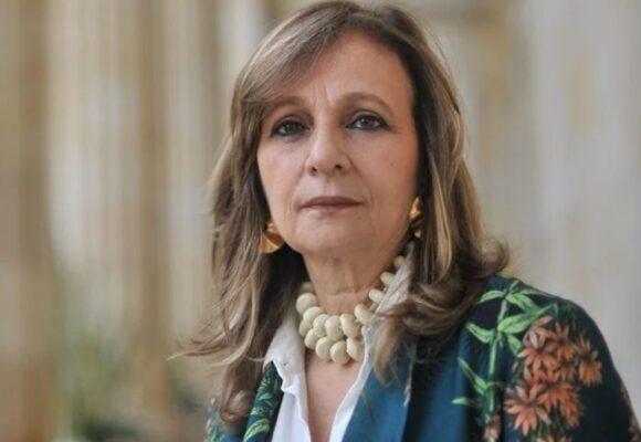 Ángela María Robledo pierde la batalla por su curul
