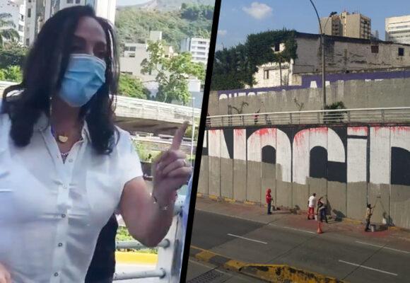 Borrada de murales de la protesta en Cali y María Fernanda Cabal estuvo allí