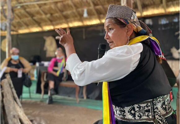 Elisa Loncón, la indígena mapuche que preside la convención para la nueva constitución de Chile