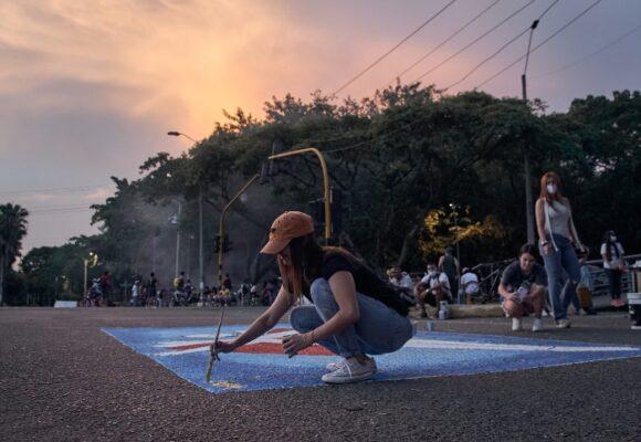 Resistir desde el arte, la otra cara de los puntos de manifestación en Cali