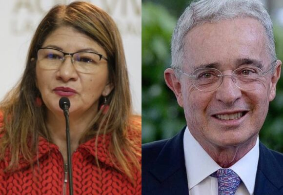 Álvaro Uribe rompe relaciones con la esposa de Tirofijo: la bloqueó en Twitter