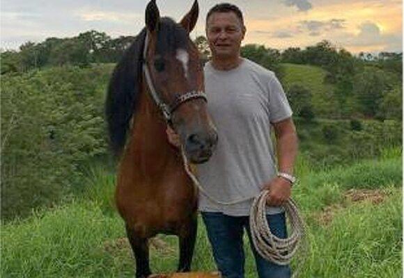 El caballista y criador de avestruces que terminó siendo la mano derecha del Chapo Guzmán en Colombia