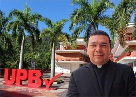 El sacerdote rector de la Universidad Pontificia Bolivariana de Bucaramanga a responderle a la justicia