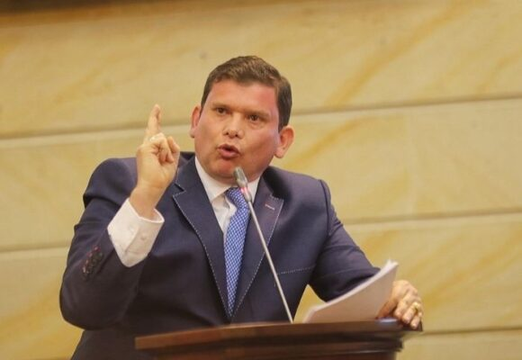 700 pastores cristianos se enfilan en la candidatura presidencial de John Milton Rodríguez