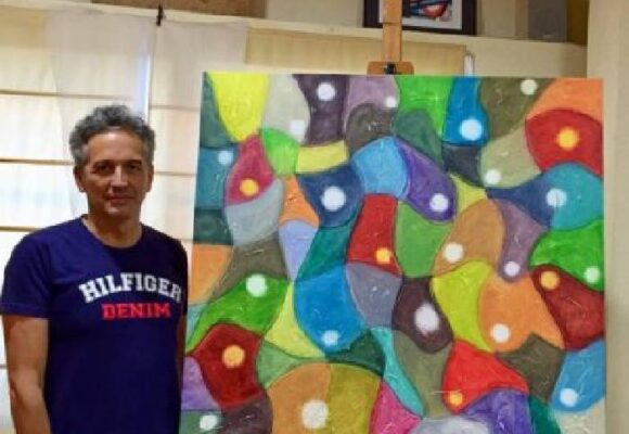 """""""No creo en las escuelas de arte como hacedoras de artistas"""": Francisco Arroyo Ceballos"""