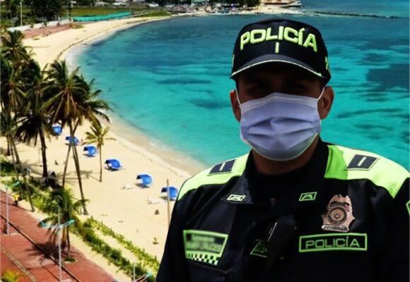 Viajes a San Andrés y Cartagena con todo incluido: el regalo de Claudia López a la policía