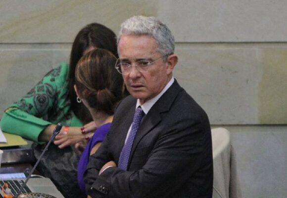 Un perdón para Álvaro Uribe Vélez
