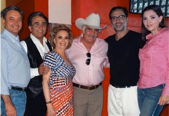 Cuatro hijos en disputa por la fortuna de Vicente Fernández: USD $25 millones