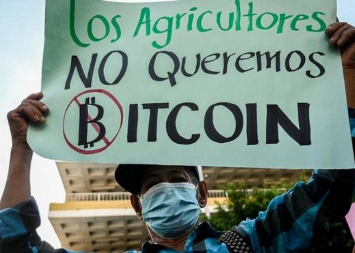 Posible relección y Bitcoin encienden protestas contra el presidente Bukele en El Salvador