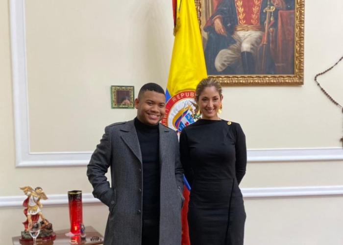 Jennifer Arias no firma reducción de sus vacaciones pero recibe a Polo Polo en día laboral