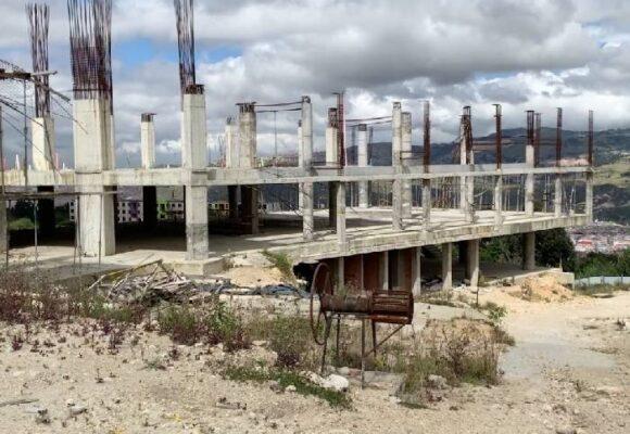En estado crítico se encuentran varias obras de colegios en Bogotá