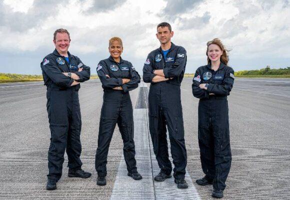 Inspiration 4: el primer vuelo comercial con tripulación civil