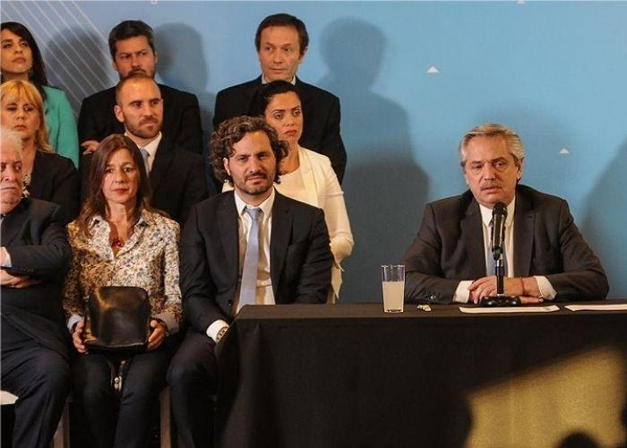 Argentina: le llueven las renuncias al presidente Fernández tras perder las elecciones primarias