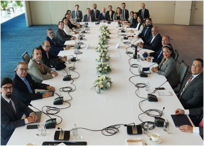 La oposición y el Gobierno de Venezuela lograron dos acuerdos preliminares