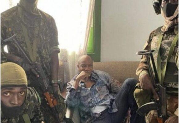 Golpe de Estado en Guinea: militares detienen al presidente Alpha Condé