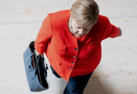 Angela Merkel, la conservadora de principios liberales y la caída de su partido