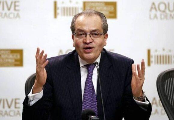 Fernando Carrillo descarta la política y entra al Grupo Prisa