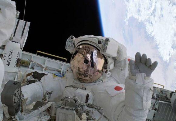 La irresponsabilidad de mandar gente rica al espacio para tomarse una 'selfie'