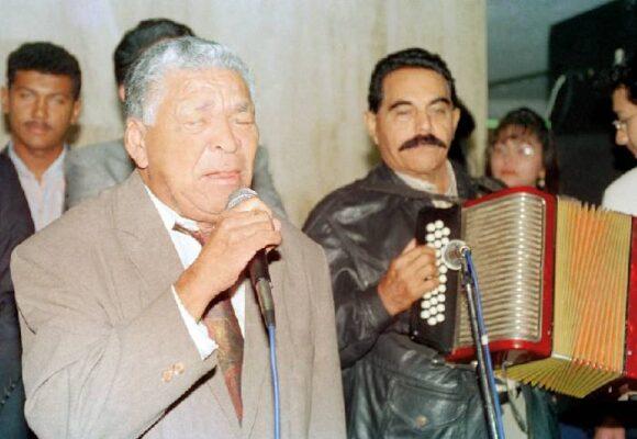 Leandro Díaz, el juglar que compuso con los ojos abiertos