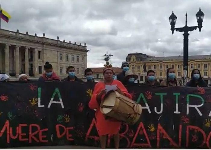 Después de 18 días de huelga de hambre, jóvenes guajiros llegan a Bogotá