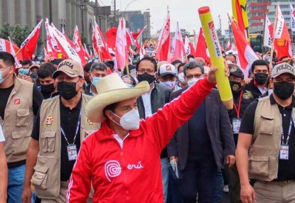 Los radicales de Perú Libre buscan bloquear a Castillo