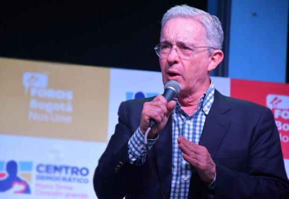 La traición de Uribe al Centro Democrático
